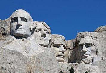 Mount_Rushmore_Closeup_2017.jpg