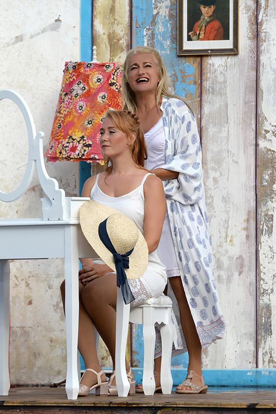 Mamma Mia (9).jpg