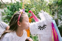 festa infantil pinhata unicornio