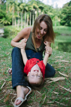 ensaio de familia no parque mãe e filho