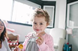 ensaio de familia em casa bolinha de sabão