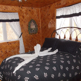 The double-bed room in Serenity Cottage.