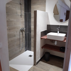 salle de bain bas.jpg