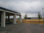 Kontrollstelle zur Fahrt auf das Flughafengelände