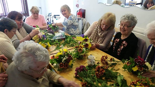 Flower arranging Cambuslang Friendship G