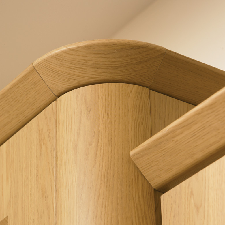 Curved Corner Feature & Tangent Cornice