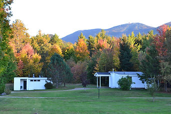 Cannon Mountain fall foliage andour pet-friendly cottages.