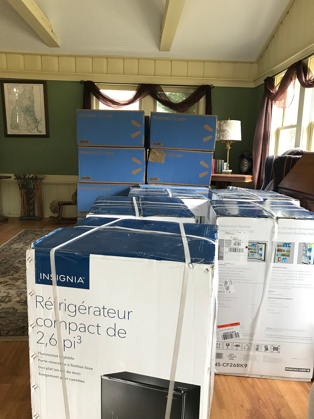 refigerator microwave every room Lovetts Inn