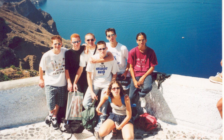 כולם ביוון.jpg