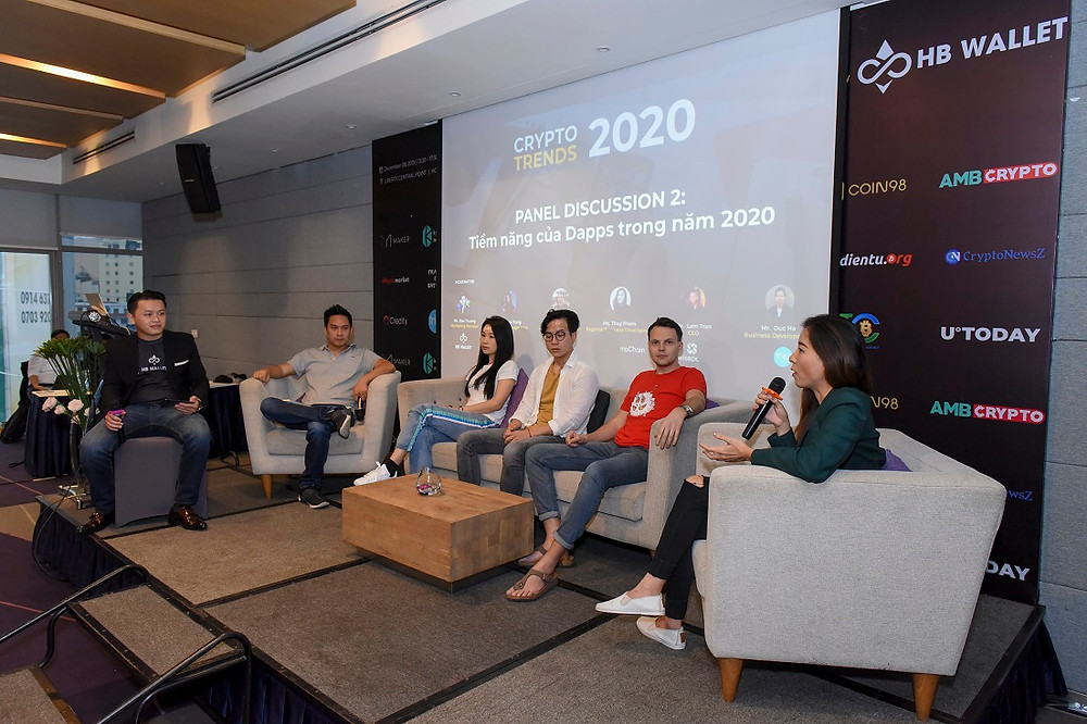 Representatives from TomoChain, DappRadar, Axie Infinity, Wisepass, Triip.me, and HB Wallet Team on Dapp's Prospects in 2020