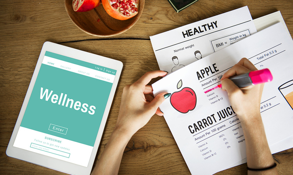 woman organizing employee wellness programs