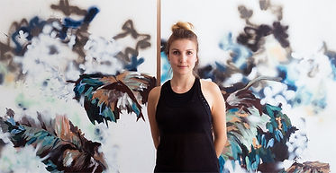 Laura Buschbeck_Studio Portrait.jpg