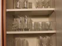 Gläserschrank