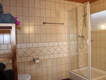 Du/WC neben Doppelzimmer Golm