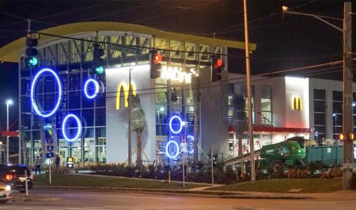 Maior McDonald's do mundo abre em Orlando