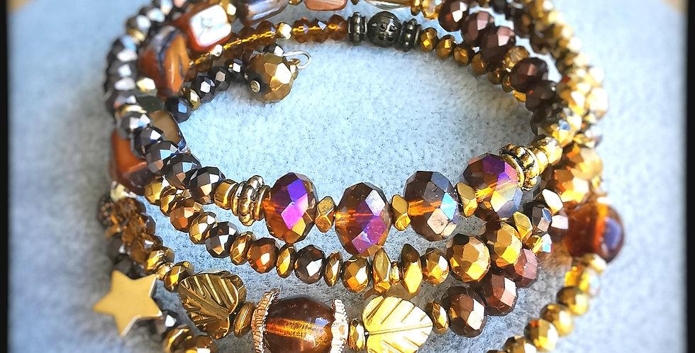 Bracelet multirangs, Hélène