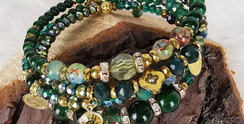 Bracelet multirangs, Hélène, vert émeraude et doré.