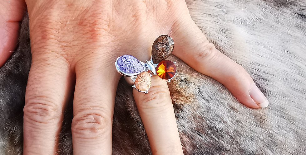 Bague émaillée et pailletée et cristaux Swarovski