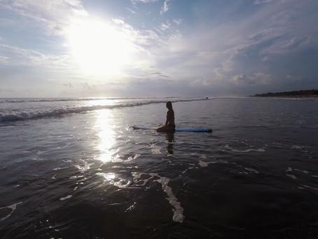 #15 Seminyak (Bali) · Surfen in Seminyak