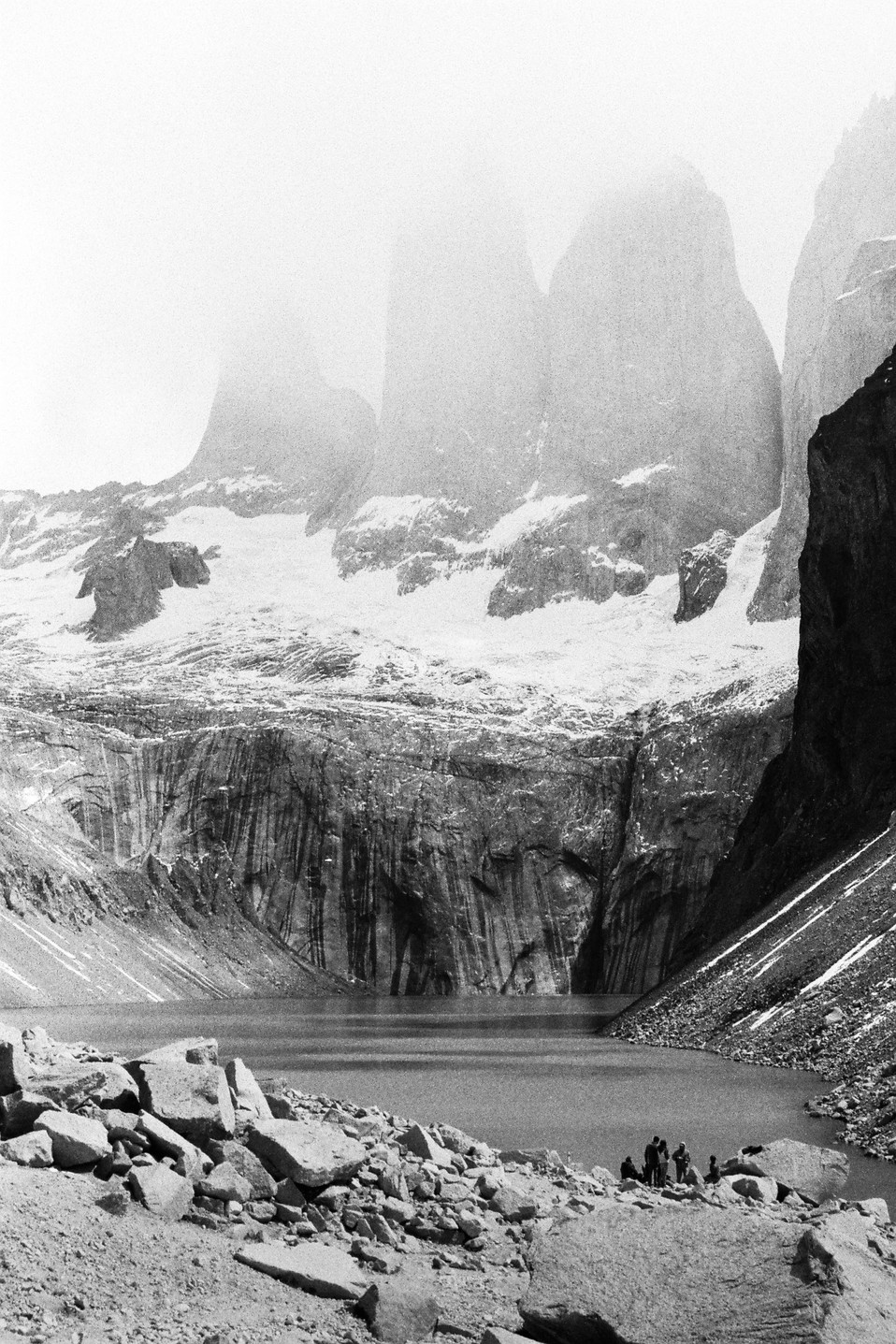 Torres del Paine Parque nacional Torres del Paine, Chile  . Analogic 2016 © Jérémy Pernet