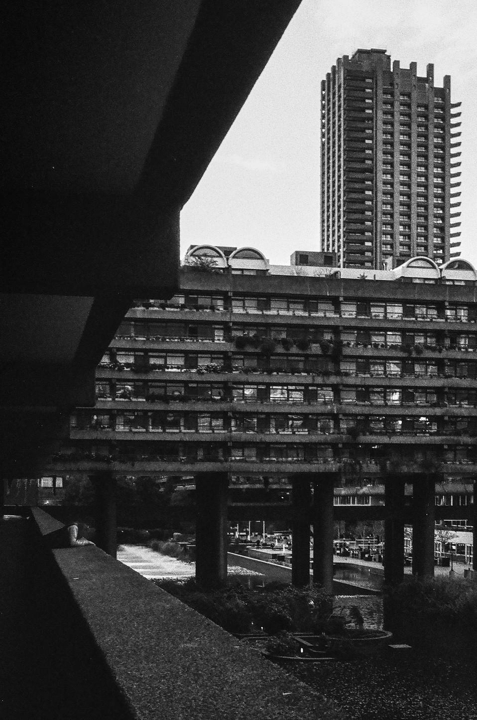 Barbican center (1982) Chamberlin, Powell & Bon  London, England  . Analogic 2017 © Jérémy Pernet