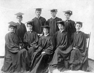 College Class of 1903.jpg