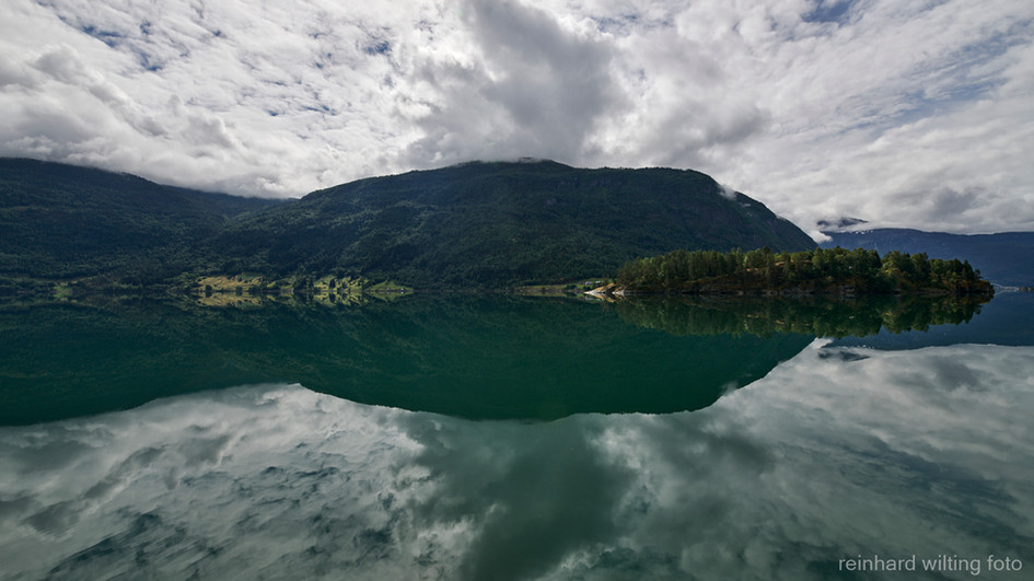 Barnesfjord