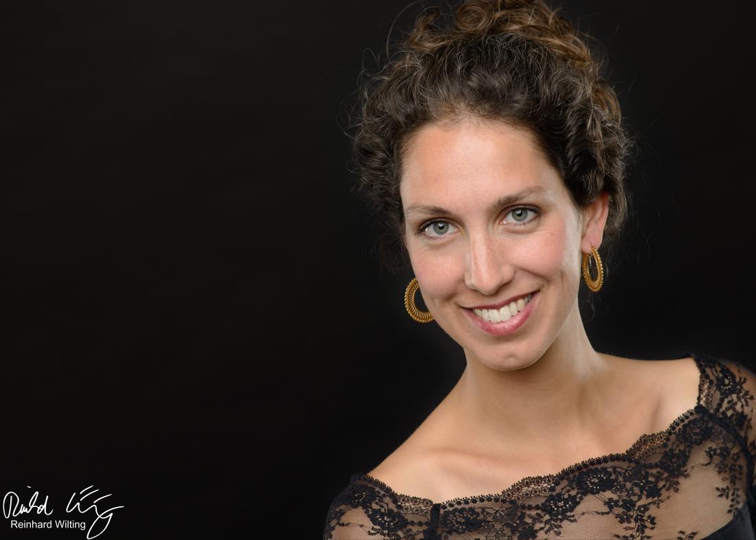Francine Vis, mezzosoprano