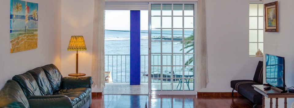 Porto Martins Bay Apartments Living Room
