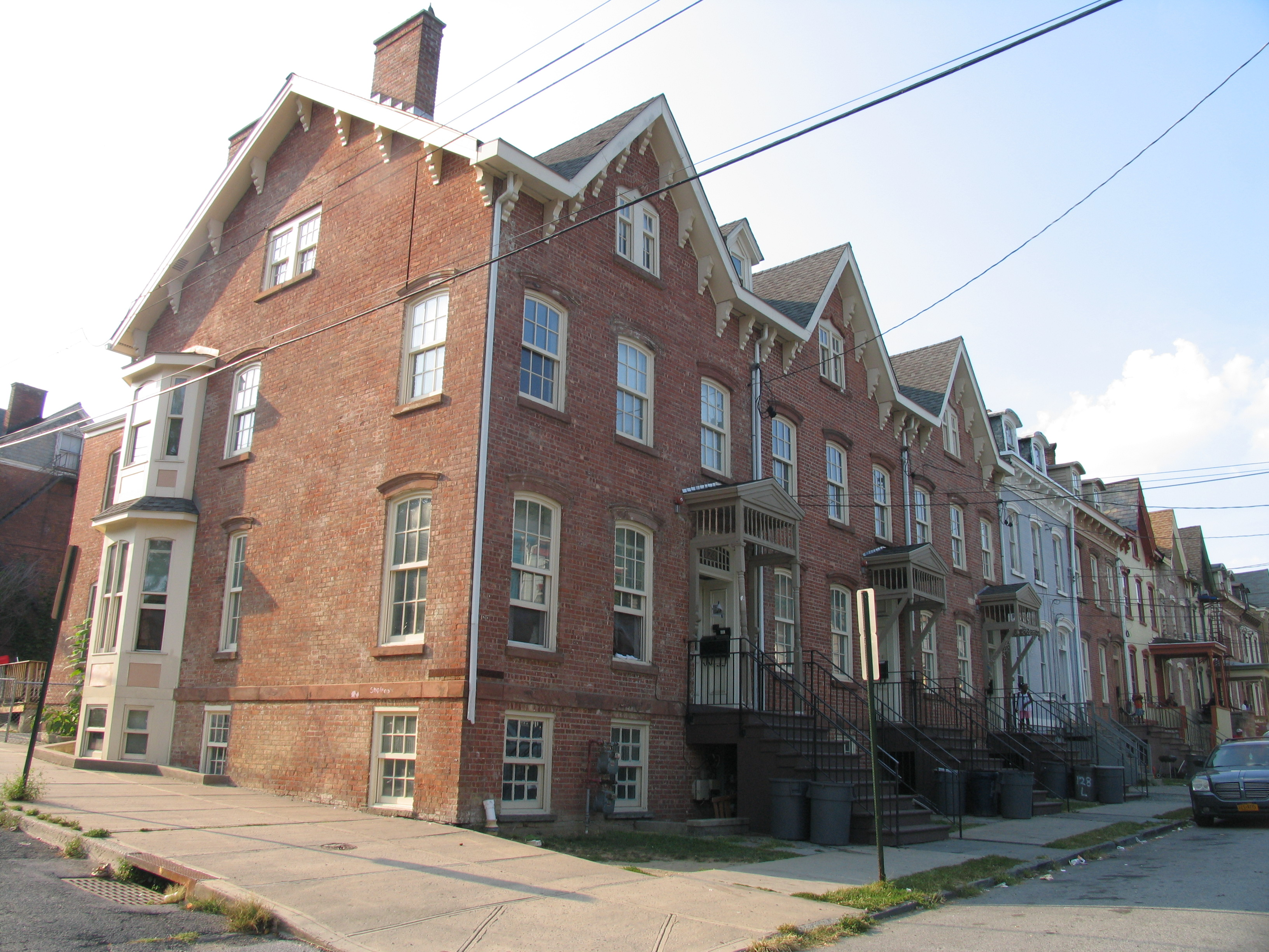 Newburgh Row houses
