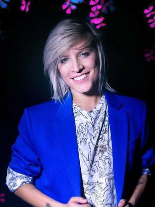 Laura Bono, singer