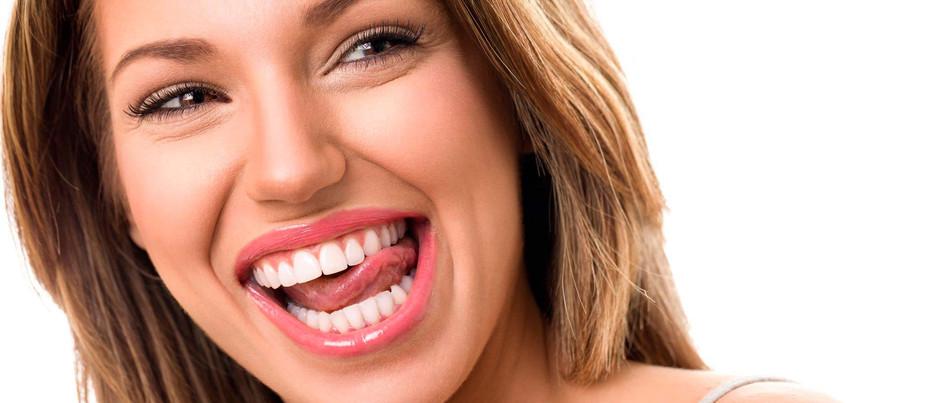 Quiero unos dientes perfectos. Te ayudamos a conseguirlos.