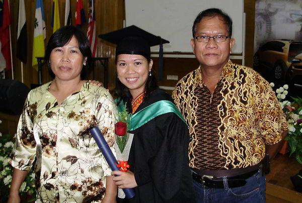 Caroline Ak Madang.jpg