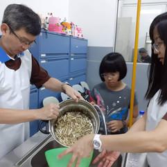 Volunteers and Visitors - 18.jpg