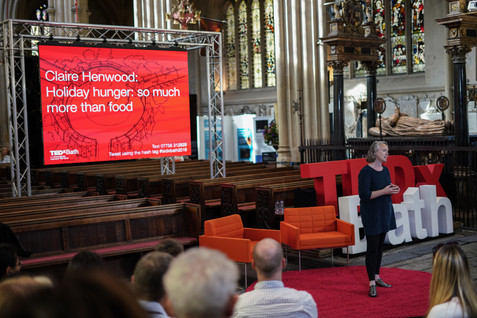 b--f-01821_tedx_tedxbath_sampage_clare-h