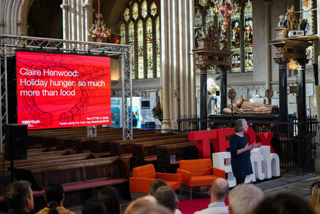 b--f-01818_tedx_tedxbath_sampage_clare-h