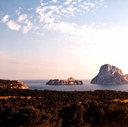 Der magische Felsen 'Es Vedra', Cala Carbó, Ibiza . 1997 Cala Carbo