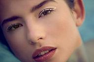 graphic eyeliner waterproof.jpg