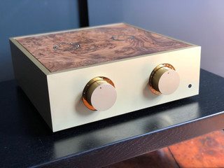 Champagne pre-amplifier with gold trim, custom engraved volume surround, modified control knobs with infilled marker lines and a walnut burr lid