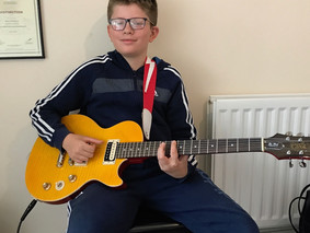 Happy New Guitar Day Billylee!