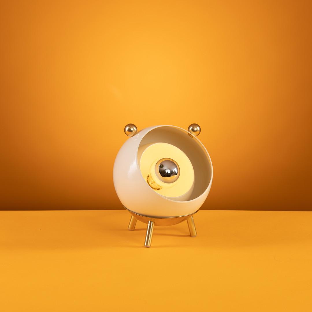 גוף תאורה לשולחן Bulbi