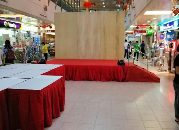Log - Stage C/W Red Carpet, Skirting & Staircase