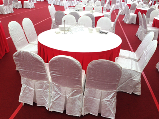 """Table Cover - Cloth; 120"""" Round 2.4m Table; Red/ White"""