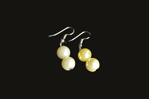 Pearly Glass Bead Earrings