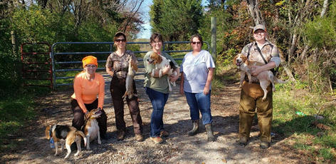 Rabbit Hunt in TN with Light 'em up kennel-2020