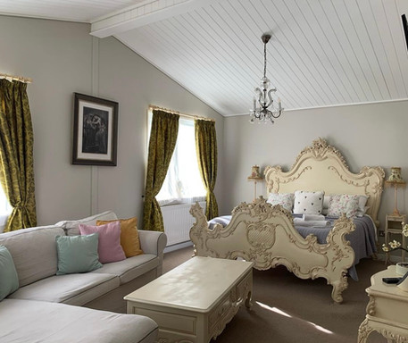 Romeo Lodge