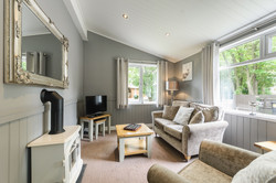 8257978-bluewood_bluw_lp8013_juliet_lodge-interior10-print