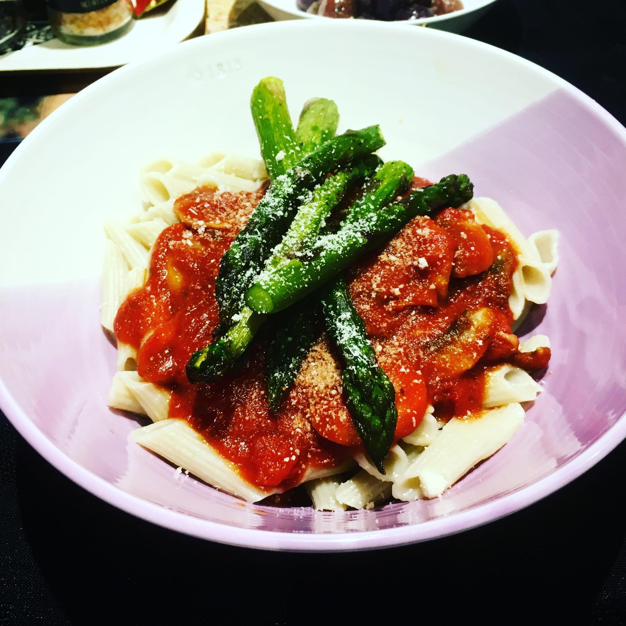Mushroom & Garlic Tomato Sauce, Brown Rice Pasta, Roasted Asparagus My  Favourite Healthy Go