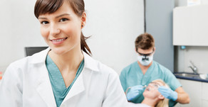 6 Signs You Need to See a Dentist
