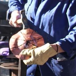 Dinanderie - Cuivre mis en forme au marteau